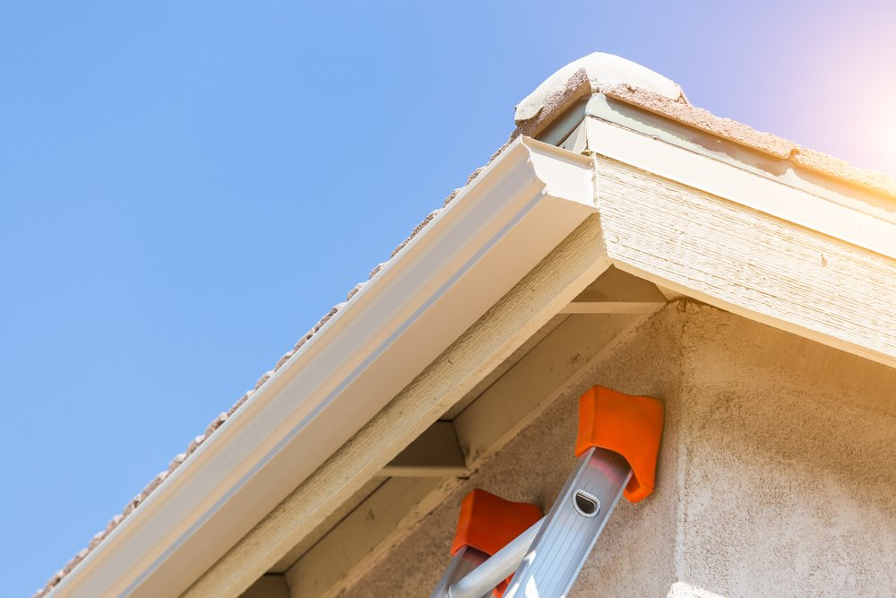 The 3 Biggest Benefits of Seamless Gutters for Your Home